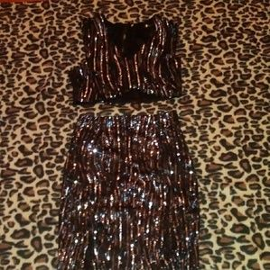 Dresses & Skirts - Silver & Black Sequined Mid Top and Skirt